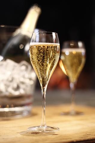 Champagne_1421672102.jpg